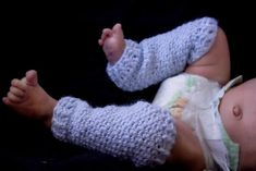Manda Nicole's Crochet Patterns: Matching NB Leg Warmers & Mittens