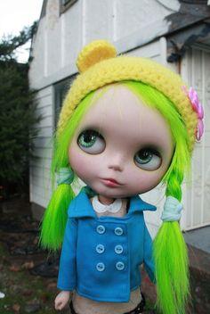 Goblynn's  Green Hair reroot By Frankie Darling