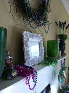 The entire mantel decked out for Mardi Gras | Holiday Mantel Designs