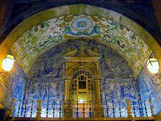 Road tunnel chapel Obidos, Portugal
