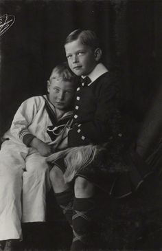 Prince John with the brother closest to him in age, Prince George (later Duke of Kent).  Johnny died just when WWI ended, in January 1919.  The Duke of Kent married Princess Mariana of Greece and died flying for the RAF in WWII.