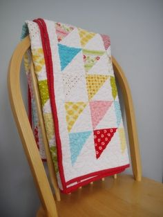 I like the boarder around the edge between the half triangle squares and the binding.