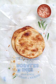 Pizza de Inés Rosales con queso de cabra, moras y romero by Food and Cook www.foodandcook.net