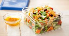 my kiddo loves taco salad, so this is a perfect idea for a quick healthy lunch to pack for school