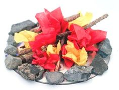 Mini Campfire Craft - a perfect table centerpiece while studying our country's Pioneers!