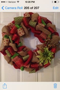 Christmas burlap wreath ;)