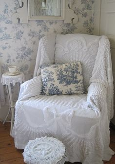 Charming Cottage Chair