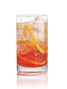 Check out the recipe for this low-cal Skinnygirl cocktail. Right here: http://www.people.com/people/article/0,,20607820,00.html