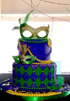Mardi Gras cake - Love, love, love this