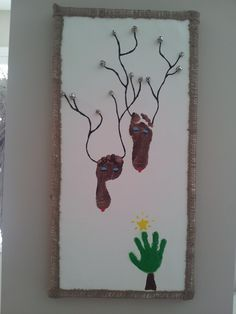 Christmas pic of baby's feet & hand print!