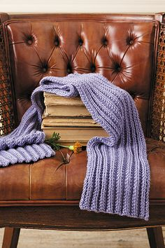 Simple Scarves Made with the Knook Book - Leisure Arts