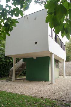 Villa Savoye Le Corbusier Poissy. Keeper's house