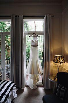 Stunning Karen Willis Holmes wedding gown. #bride #gown #dress #wedding http://www.weddingchicks.com/2014/08/12/intimate-modern-black-white-wedding/