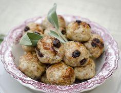 Turkey & Cranberry Meatballs (paleo/primal)