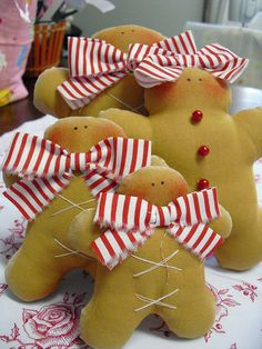 ...Stuffed gingerbread men...and girls