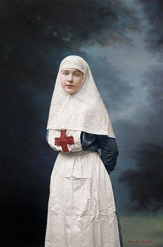 Zinaida Malynich, Russian nurse, WWI