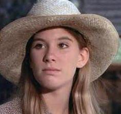 Mary Ellen Walton (Judy Norton Taylor)