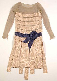 Evening dress, House of Lanvin, winter 1928. Silk