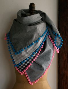 sewing machines, pom poms, sewing projects, diy tutorial, pompom scarf