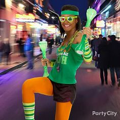 Be a fit-n-flirty Leprechaun for St. Paddy's! With a couple yard glasses in hand, you can pump some iron on the way to each bar.