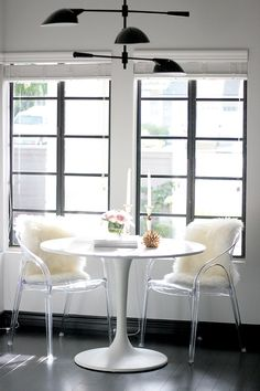 BLACK + WHITE Kitchen + Breakfast Nook | Erika Brechtel | Brand Stylist