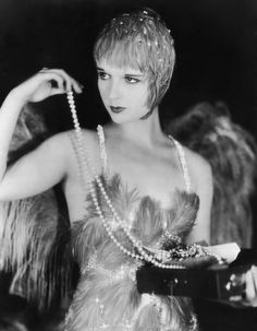 pearl, costum, 1920s headdress, louise brooks, folli, 1920s gown, flapper, louis brook, beauti