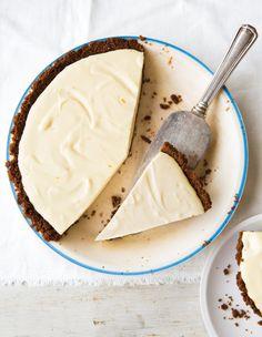 Lemon Chiffon Gingersnap Pie