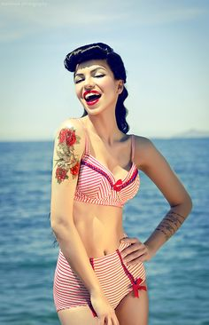 Pin up, Pin Up Girl, 50's, 40's, Retro, Red, Polka Dots, Alternative, Photography, Strong Contrast and Bold Colours
