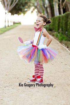 Such a CUTE clown costume idea for P!! Use a long sleeve white shirt since it's always so cold here on Halloween. LOVE!! (Circus Party Ideas | yvonnebyattsfamilyfun)