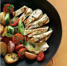 Grilled Chicken n Potatoes w/tomato and cucumber salad