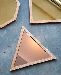 These rose gold hexagon trays from Caitlin Mociun are stunning. So modern and timeless at the same time #mociun #trays #tray #rosegold #gold #tabletop #serving #jewelrydisplay #caitlinmociun #accessories #brooklyn #hexagon #shapes #triangle #square