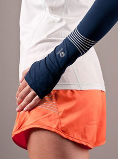 Arm warmers and shorts, in this exact color combo