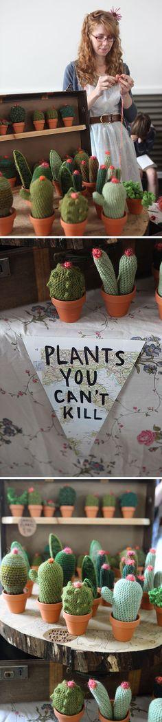 Crochet Amigurumi Cactus. Plants you can't kill, loooove. #amigurumi #cactus #plants