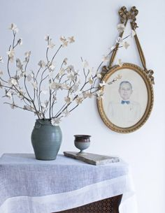 Pro DIY Project: David Starks Paper Flowering Spring Branches
