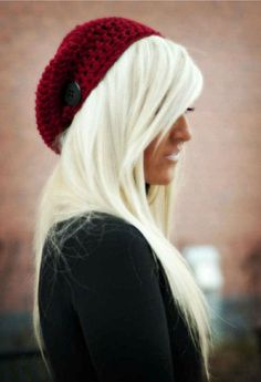 Platinum hair and slouchy hat.