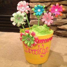 Hair Bow Flower Pot-cute baby shower gift. Even cuter with ladybugs, bee's and butterflies