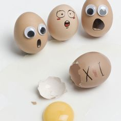 eggs with faces are SOOOO funny to me!!!