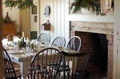 /\ /\ . Frog Goes to Market decor, dining rooms, christmas dinners, dine room, fireplac, frog, christmas tables, windsor chairs, christmas table settings