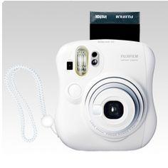 instant photo with Fuji Instax Mini