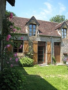 French Farm House house front, cottag, french farm house, rental houses, farm houses