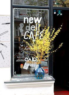 New Deli Yoga Café   Berlin