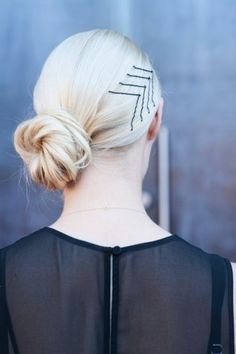 Create an awesome hairstyle with basically no effort. | 24 Cool And Inexpensive Bobby Pin DIYs