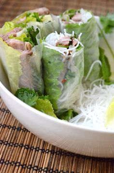 foodwanderings: Delicious Vietnam/Rice Bloghop: Vietnamese Style Grilled Lemongrass Beef in Rice Paper Spring Roll Wraps