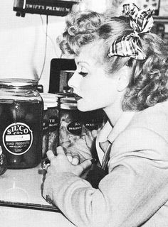 Lucille Ball grocery shopping - Publicity shot, early 1940's. ☚