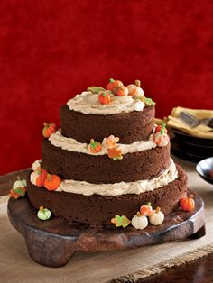 ? pumpkin spice and pecan cake, honey and spice buttercream frosting ...
