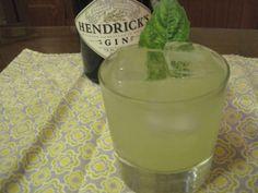 Gin Basil Smash #alcohol #booze #cocktails #recipes #mixology #drinks