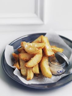nothing beats some old fashioned hot chips