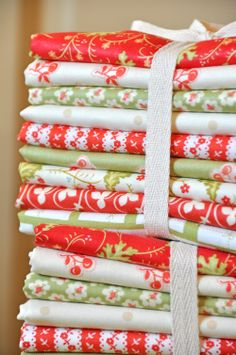Yummy MODA Christmas fabric: Fig Tree and more! #verymerrymodachristmas