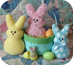 Marshmallow Bunnies - In the Hoop Machine Embroidery Designs by Embroidery Garden