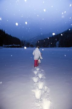 Winter Awaits ROXY SNOW